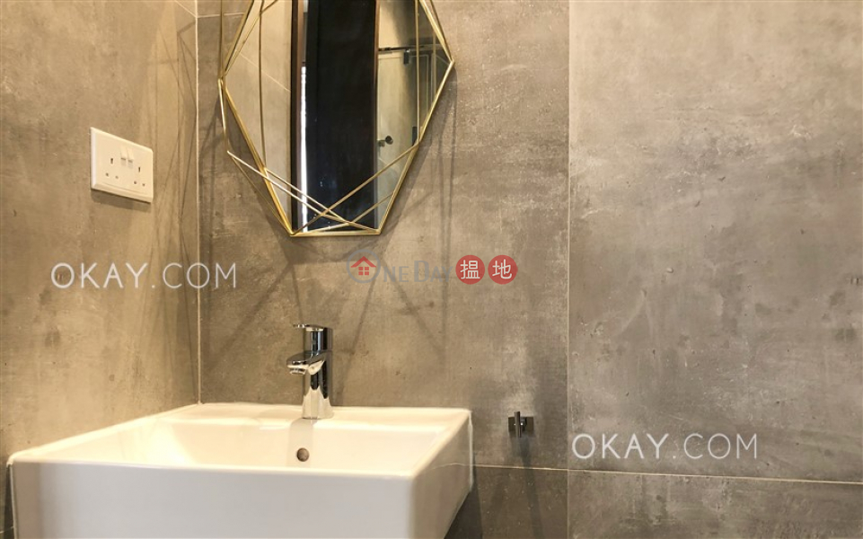 HK$ 35,000/ month   Robinson Heights, Western District Unique 2 bedroom in Mid-levels West   Rental