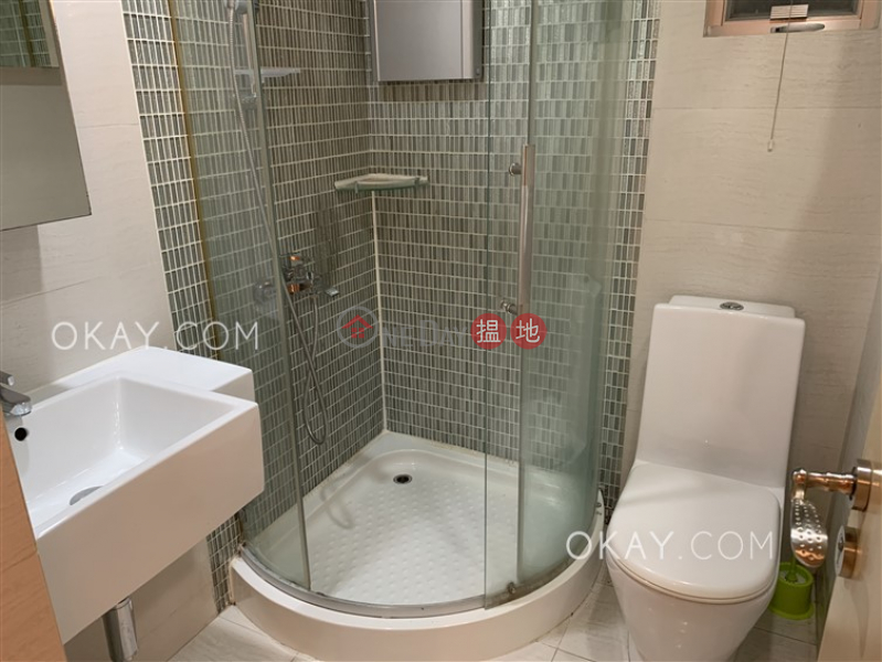 HK$ 25,800/ month, Mount Parker Lodge Block A, Eastern District Generous 3 bedroom in Quarry Bay | Rental