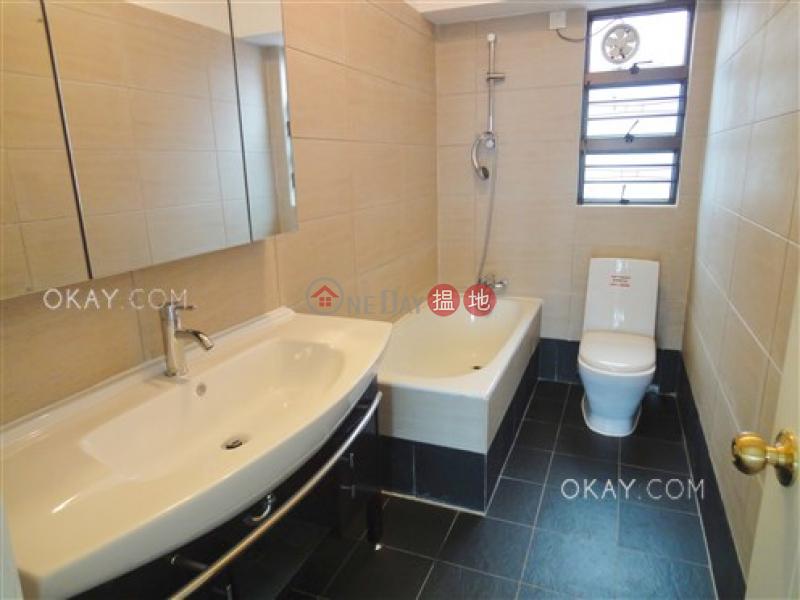 HK$ 58,000/ 月龍騰閣-西區3房2廁,連車位,露台《龍騰閣出租單位》