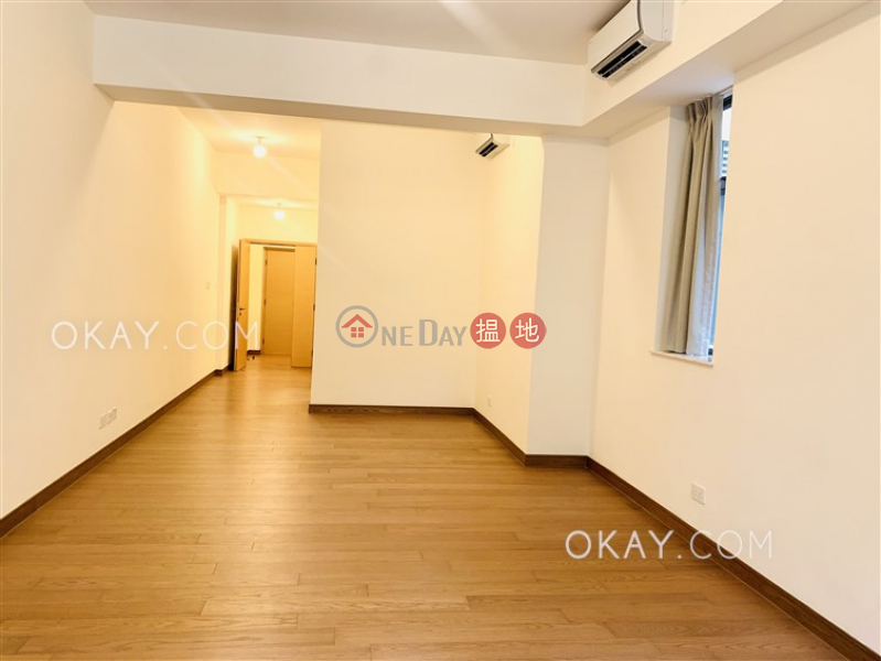 Tasteful 3 bedroom with balcony | For Sale | Jade Grove 琨崙 Sales Listings