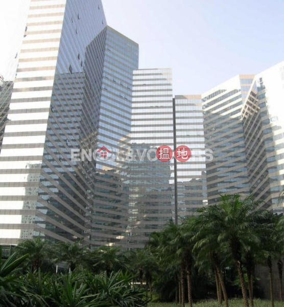 1 Bed Flat for Rent in Wan Chai, Convention Plaza Apartments 會展中心會景閣 Rental Listings | Wan Chai District (EVHK61521)