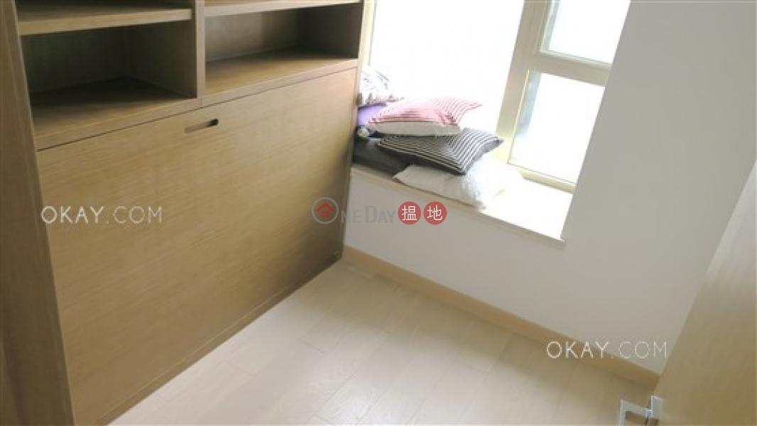 Popular 2 bedroom on high floor with balcony   Rental 189 Queen Road West   Western District   Hong Kong, Rental   HK$ 35,000/ month