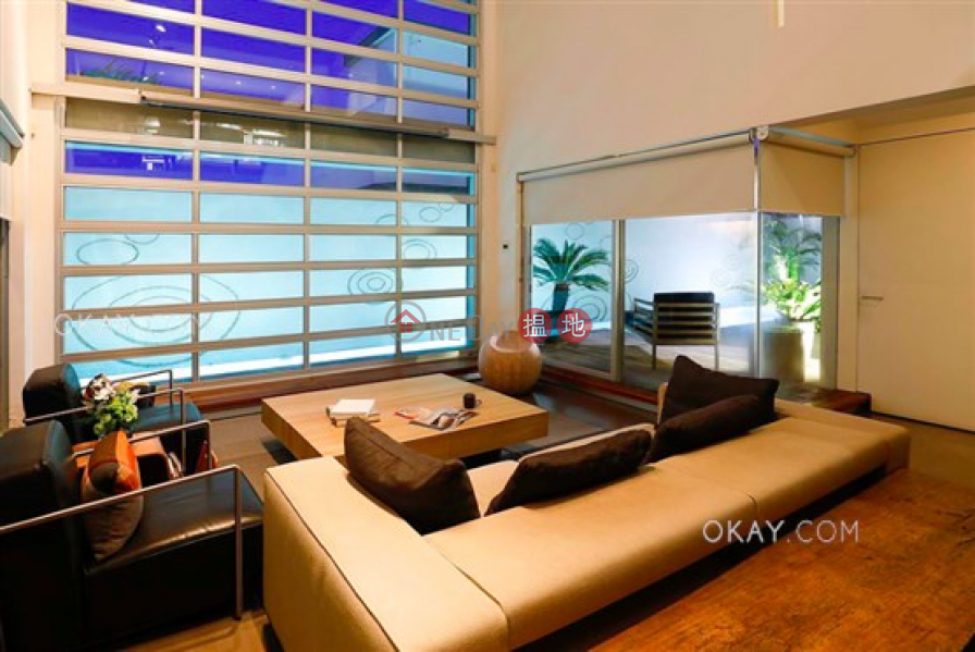 Beautiful house with rooftop, terrace   For Sale, 4 Hoi Fung Path   Southern District   Hong Kong Sales, HK$ 175M