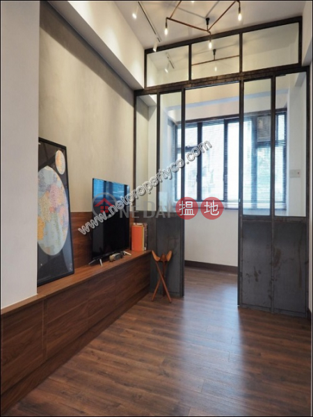 Stylish Residential unit with Balcony in Central, 65 Hollywood Road | Central District Hong Kong | Rental, HK$ 23,000/ month