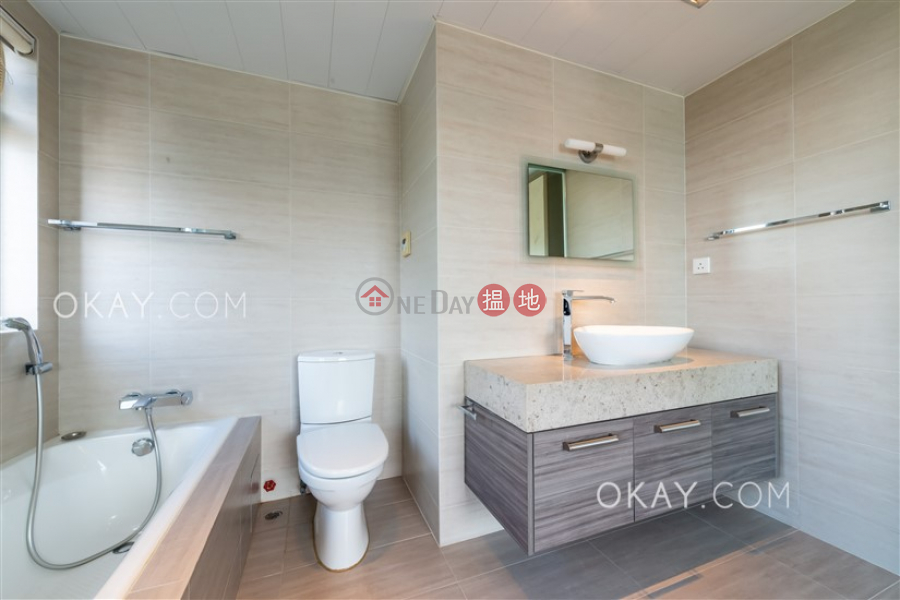 Gorgeous 3 bed on high floor with sea views & parking | Rental | Emerald Garden 嘉瑜園 Rental Listings
