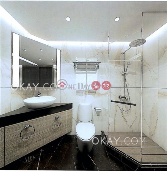 Stylish 3 bedroom on high floor | Rental, Convention Plaza Apartments 會展中心會景閣 Rental Listings | Wan Chai District (OKAY-R7998)