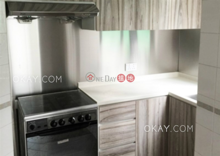 Charming 3 bedroom in Mid-levels West | For Sale 11 Robinson Road | Western District Hong Kong, Sales, HK$ 16M