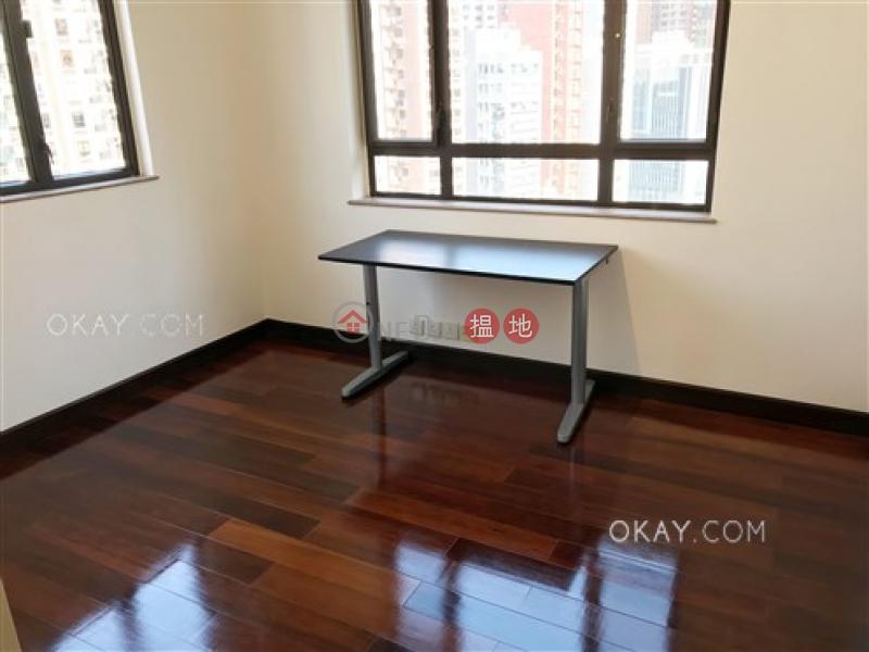 香港搵樓|租樓|二手盤|買樓| 搵地 | 住宅|出售樓盤-3房2廁,實用率高,極高層,連租約發售豪華大廈出售單位