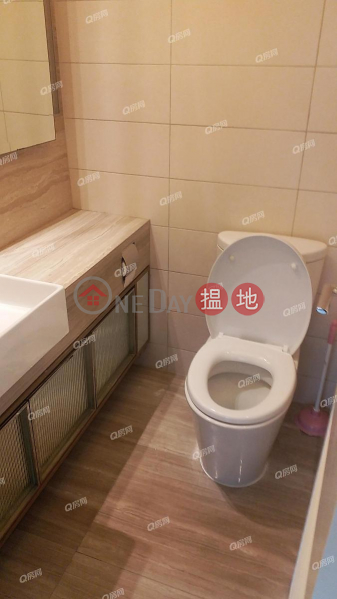 Island Crest Tower1 | 2 bedroom Mid Floor Flat for Rent | 8 First Street | Western District, Hong Kong | Rental HK$ 32,000/ month