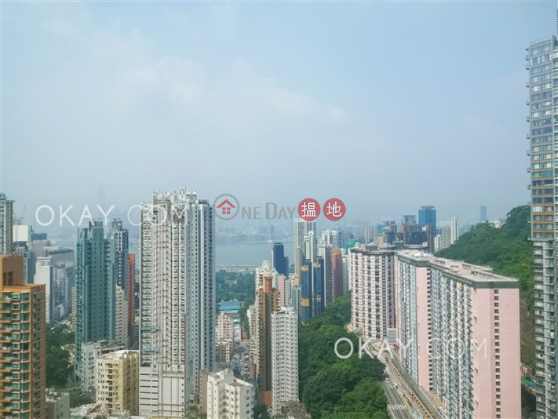 Rare 4 bedroom on high floor with balcony & parking | For Sale | The Legend Block 3-5 名門 3-5座 Sales Listings