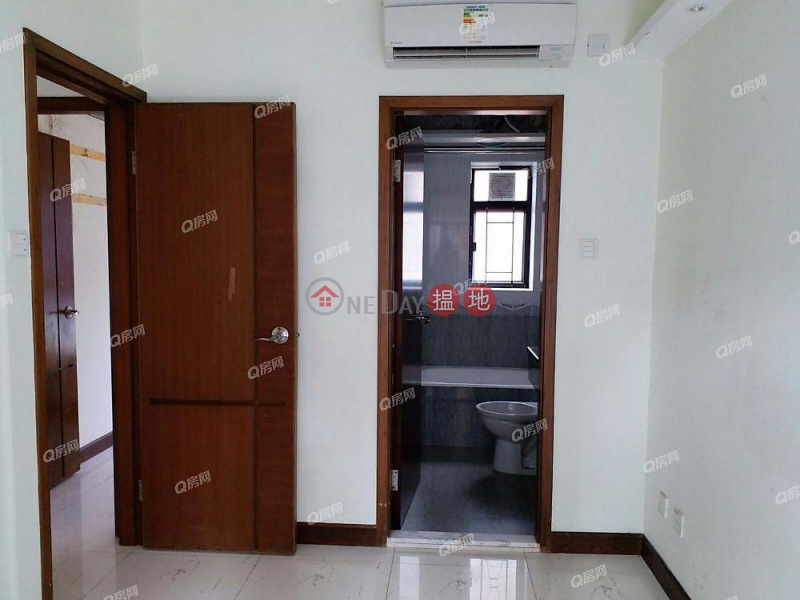 Royal Court | 3 bedroom Mid Floor Flat for Sale, 52A Tai Hang Road | Wan Chai District Hong Kong, Sales | HK$ 16M