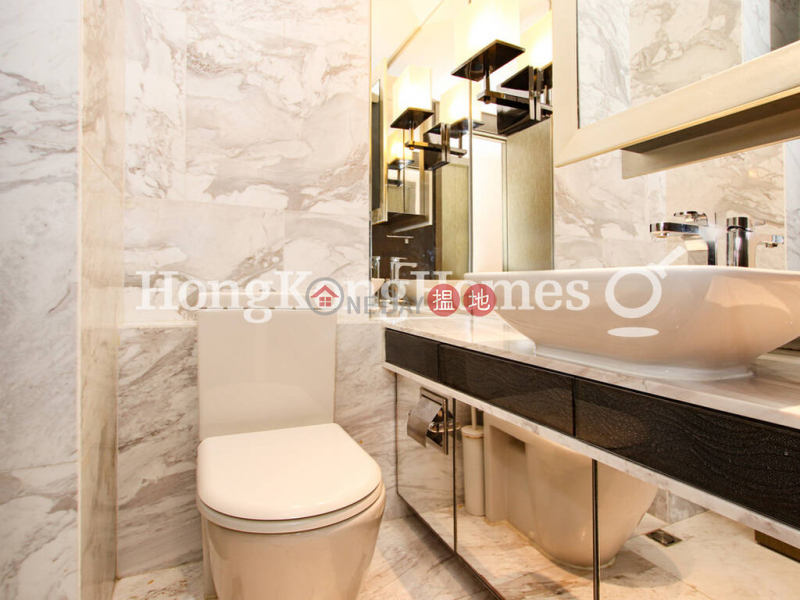 HK$ 50,000/ month, Centre Point, Central District, 3 Bedroom Family Unit for Rent at Centre Point