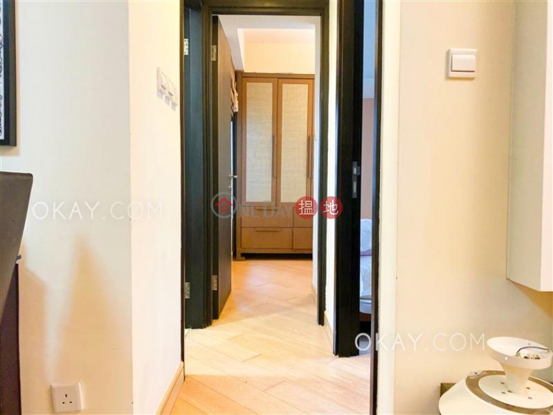 2房1廁,星級會所,露台《干德道38號The ICON出租單位》-38干德道 | 西區|香港出租-HK$ 30,000/ 月