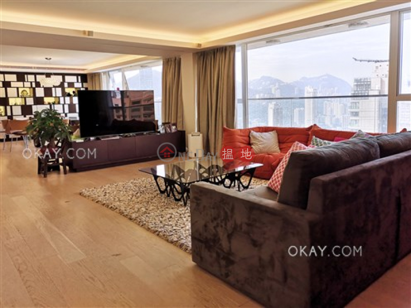 HK$ 150,000/ month Wing On Towers, Wan Chai District Exquisite 3 bed on high floor with balcony & parking | Rental