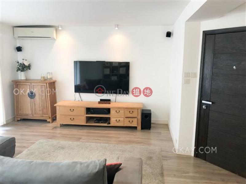 Elegant 3 bedroom with balcony & parking   Rental   Greenery Garden 怡林閣A-D座 Rental Listings