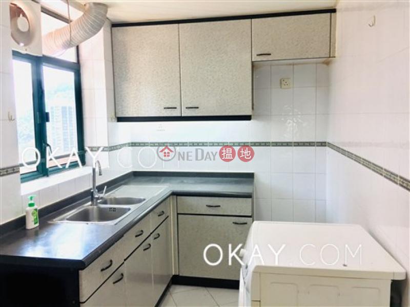 Lovely 3 bedroom on high floor with parking | Rental | Hillsborough Court 曉峰閣 Rental Listings