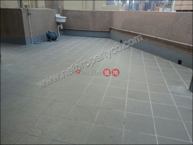 Apartment with Rooftop for Rent in Happy Valley   Hiap Teck Mansion 協德大廈 Rental Listings