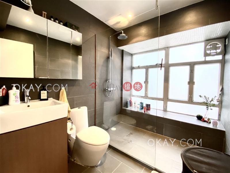 HK$ 1,238萬|萬翠花園|西區1房1廁,極高層,露台《萬翠花園出售單位》