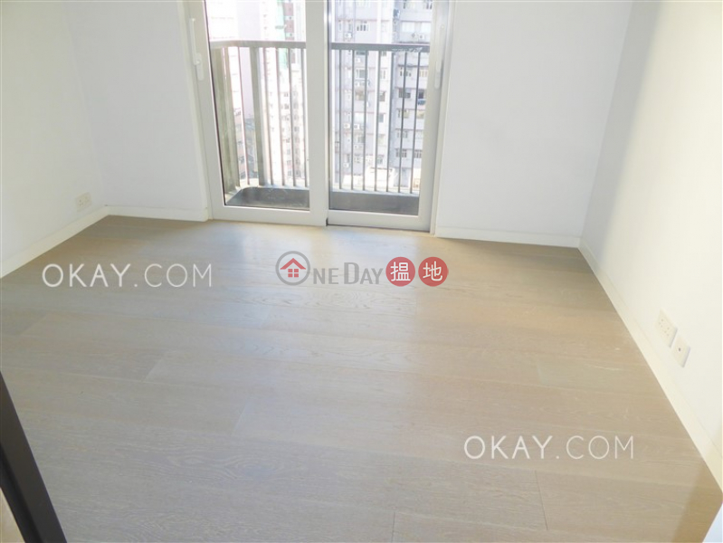 HK$ 27,500/ month, 28 Aberdeen Street Central District | Gorgeous 1 bedroom with balcony | Rental