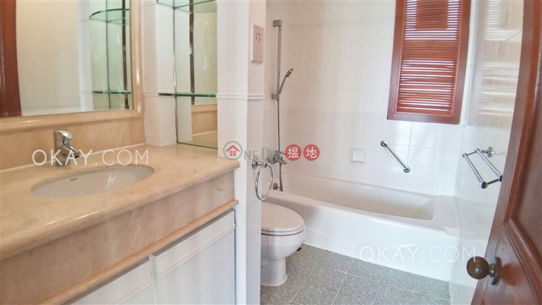 HK$ 70,000/ month   Block 2 (Taggart) The Repulse Bay   Southern District, Lovely 3 bedroom with sea views, balcony   Rental