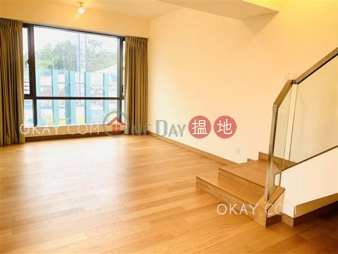 Stylish house with rooftop   For Sale Tuen MunJade Grove(Jade Grove)Sales Listings (OKAY-S372442)_0