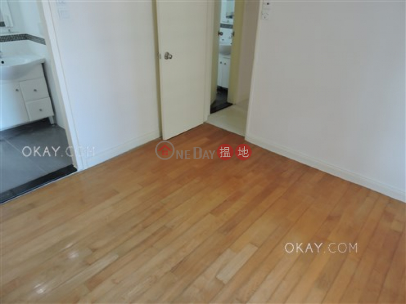 Unique 3 bedroom with parking | For Sale, Conduit Tower 君德閣 Sales Listings | Western District (OKAY-S32575)