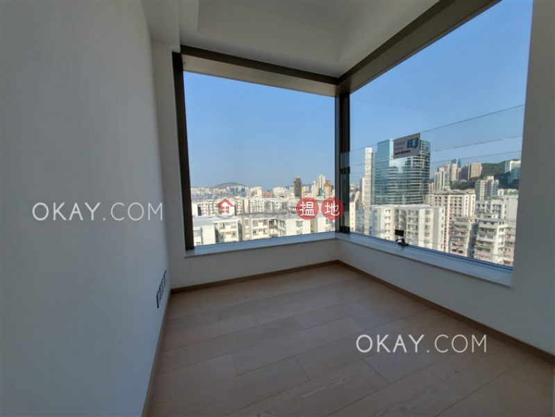 Unique 4 bedroom on high floor with balcony | Rental | City Garden Block 8 (Phase 2) 城市花園2期8座 Rental Listings