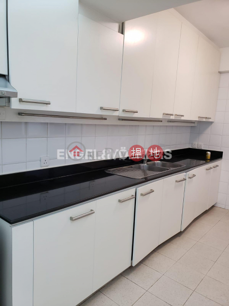 HK$ 105,000/ month Pine Court Block A-F Central District, 3 Bedroom Family Flat for Rent in Central Mid Levels