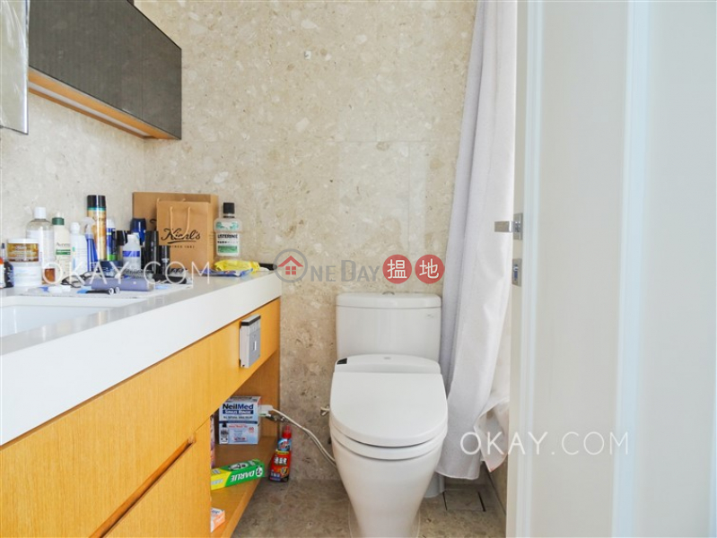 Lovely 3 bedroom on high floor with sea views & balcony | Rental | SOHO 189 西浦 Rental Listings