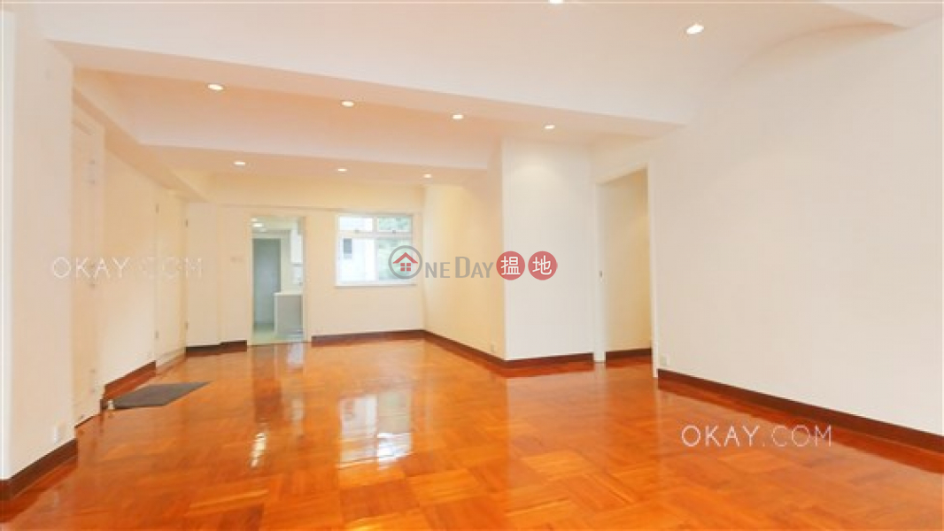 Luxurious 3 bed on high floor with sea views & parking | For Sale | 96 Pok Fu Lam Road | Western District, Hong Kong Sales | HK$ 24M
