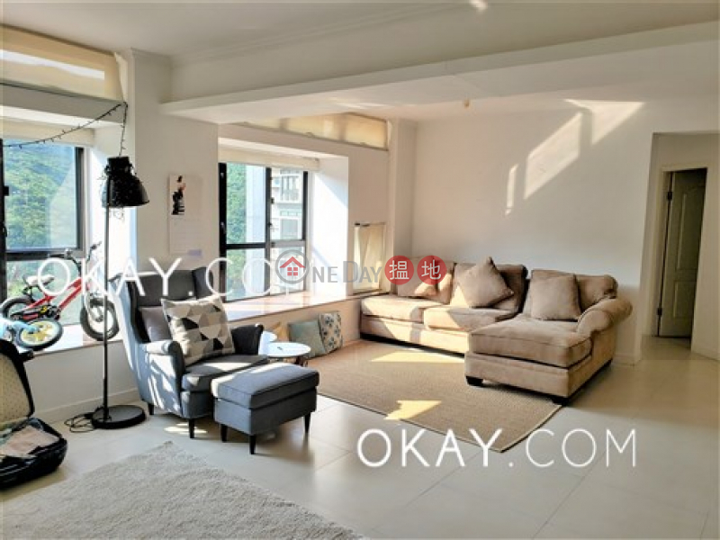 HK$ 38,000/ month   Discovery Bay, Phase 5 Greenvale Village, Greenmont Court (Block 8) Lantau Island, Lovely 4 bedroom on high floor   Rental