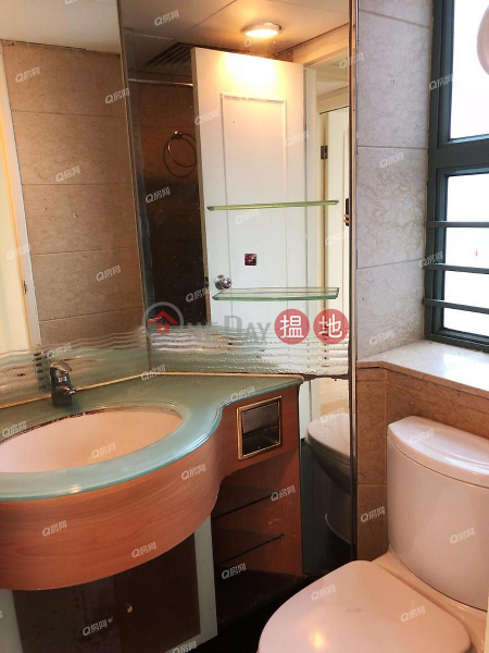 HK$ 11M | Tower 2 Island Resort Chai Wan District | Tower 2 Island Resort | 3 bedroom Mid Floor Flat for Sale