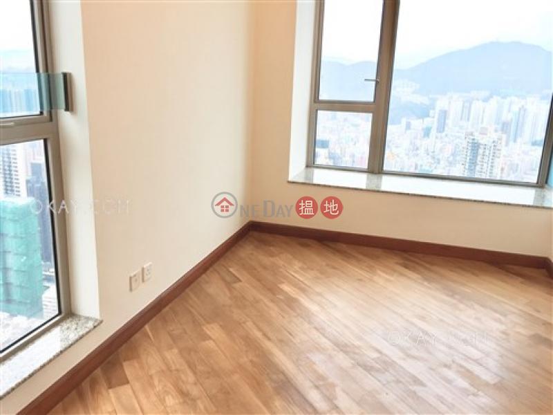 香港搵樓|租樓|二手盤|買樓| 搵地 | 住宅|出售樓盤3房2廁,極高層,星級會所,連租約發售《帝峰‧皇殿7座出售單位》
