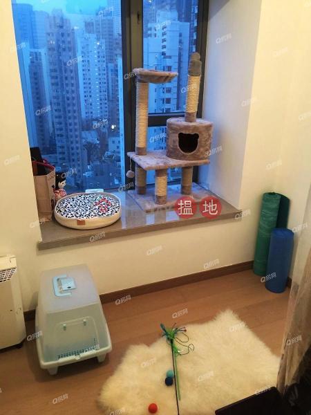 Centre Point | 3 bedroom High Floor Flat for Sale, 72 Staunton Street | Central District Hong Kong | Sales, HK$ 25M