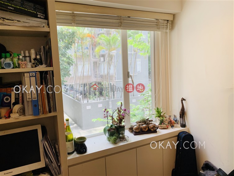 Greenland House Low, Residential, Sales Listings HK$ 8.28M