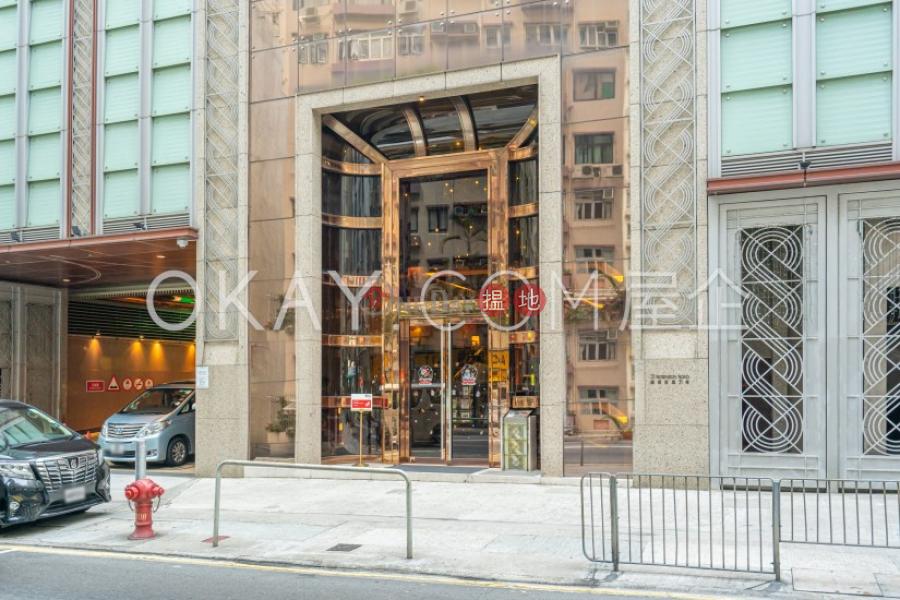 HK$ 60,000/ 月羅便臣道31號-西區 3房2廁,極高層,海景,星級會所羅便臣道31號出租單位