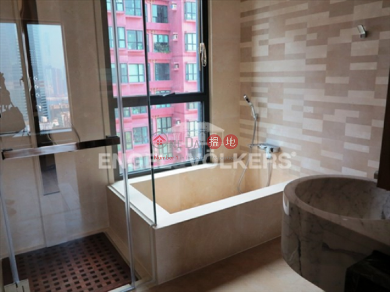 HK$ 43M, Gramercy, Central District 3 Bedroom Family Flat for Sale in Central Mid Levels