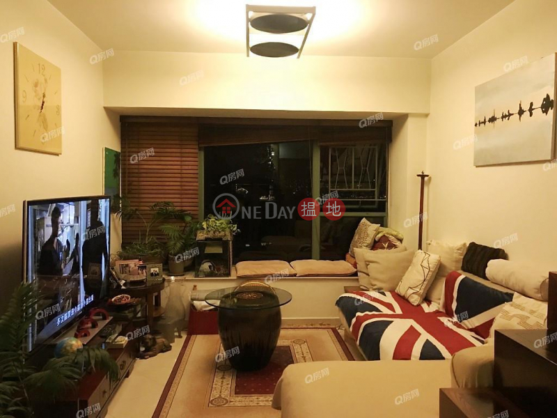 Property Search Hong Kong | OneDay | Residential Sales Listings Tower 1 Island Resort | 3 bedroom Mid Floor Flat for Sale