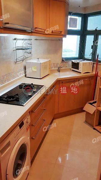 HK$ 20,500/ 月-富臨軒-西區實用兩房,特大露台《富臨軒租盤》