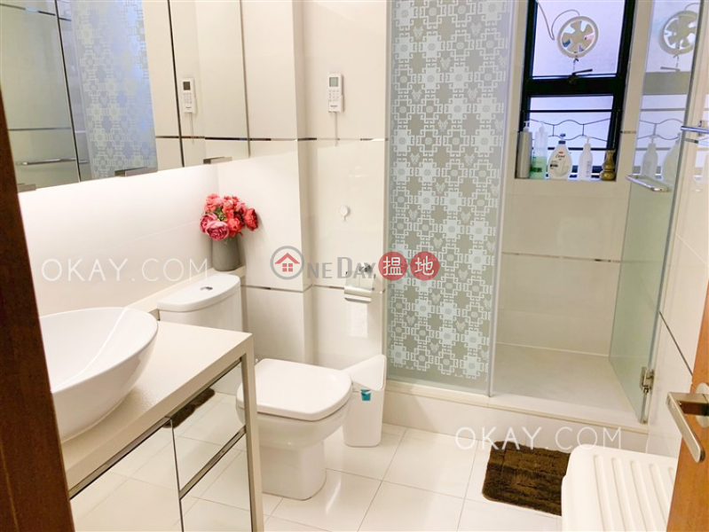 Property Search Hong Kong | OneDay | Residential Rental Listings Gorgeous 3 bedroom on high floor with racecourse views | Rental