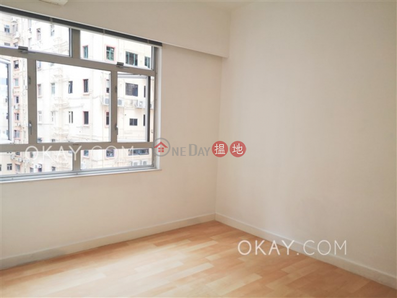 HK$ 47,000/ month | Merry Court, Western District | Rare 3 bedroom with balcony & parking | Rental