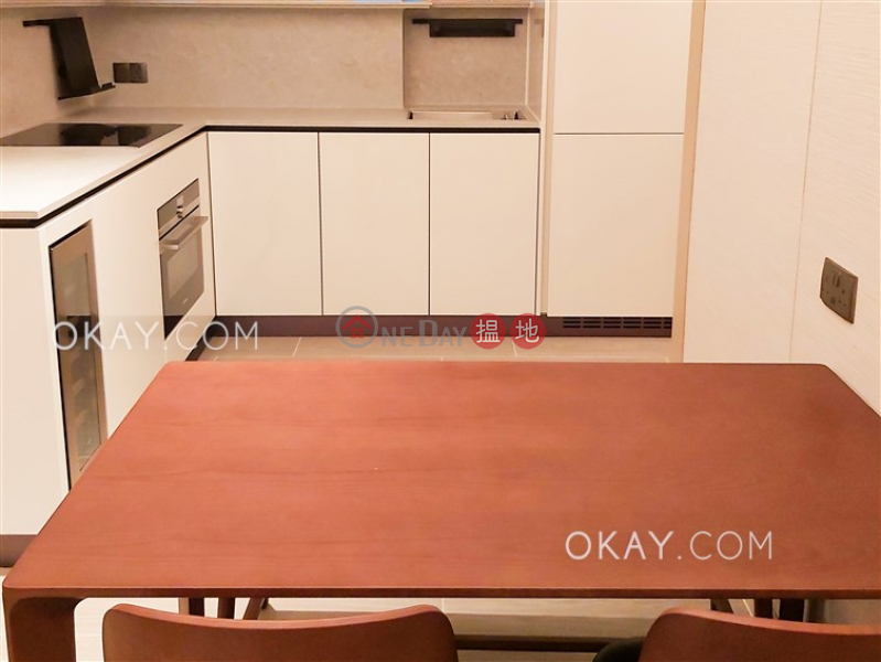HK$ 37,000/ month On Fung Building, Western District, Rare 2 bedroom with balcony | Rental