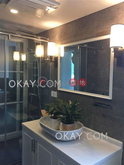 Stylish 2 bedroom in Pokfulam | For Sale|Western DistrictCNT Bisney(CNT Bisney)Sales Listings (OKAY-S109455)_0