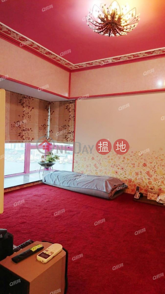 Tower 5 Grand Promenade High Residential   Sales Listings HK$ 23.5M