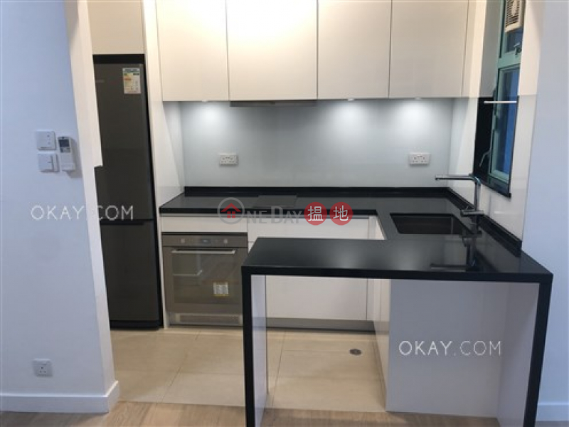HK$ 8.85M | Discovery Bay, Phase 12 Siena Two, Graceful Mansion (Block H2),Lantau Island, Unique 1 bedroom with terrace | For Sale