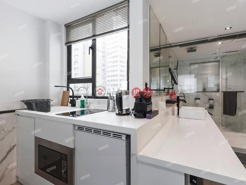 HK$ 26,000/ month | 17 Staunton Street | Central District 17 Staunton Street | High Floor Flat for Rent
