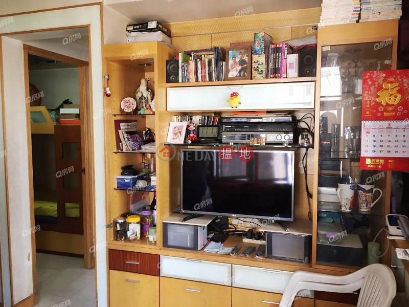 Lee Wai Building   3 bedroom High Floor Flat for Sale   Lee Wai Building 利威樓 Sales Listings