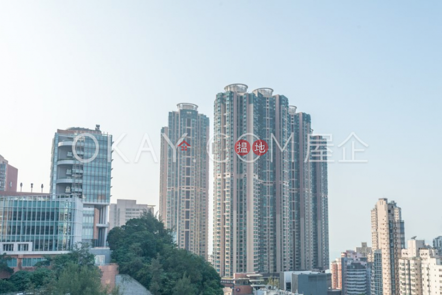 Property Search Hong Kong | OneDay | Residential Sales Listings | Luxurious 2 bedroom with sea views | For Sale