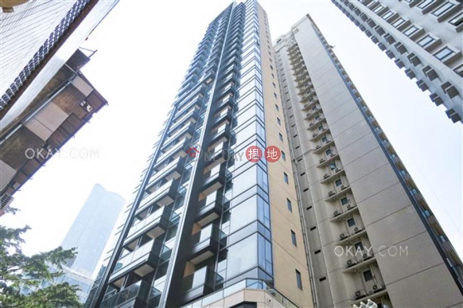 1房1廁,極高層,露台《梅馨街8號出租單位》-8梅馨街   灣仔區香港 出租-HK$ 25,500/ 月