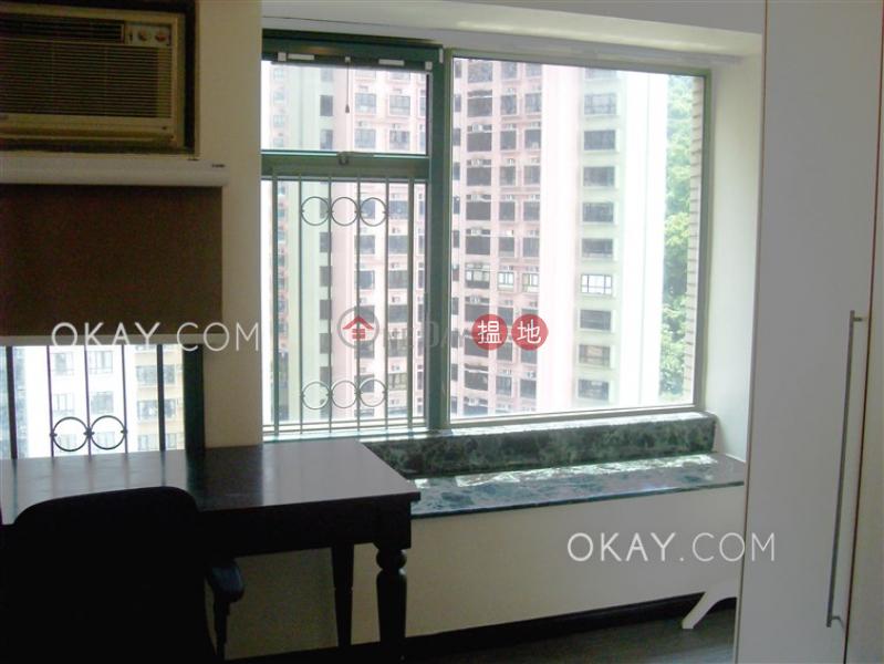 Charming 3 bedroom in Mid-levels West | Rental | Robinson Place 雍景臺 Rental Listings